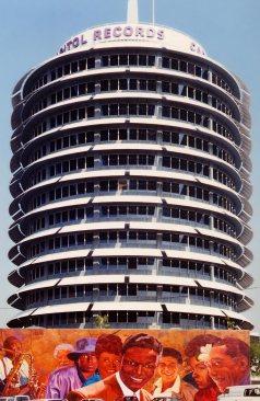 Capitol_Records_Building_LA