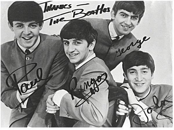 BeatlesAutographs1