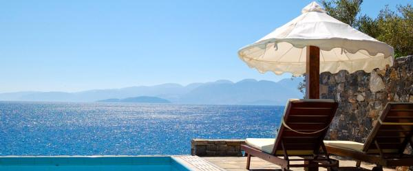 Greece-Crete-Pool-at-Luxury-Villa-with-Sea-Views-LT-Header