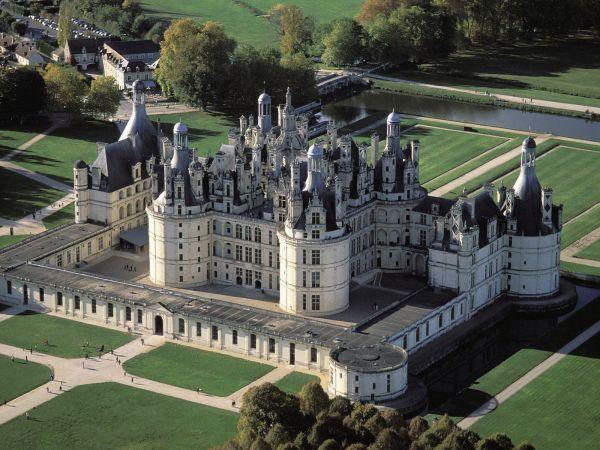 Chambord_Castle._ValdeLoire_France