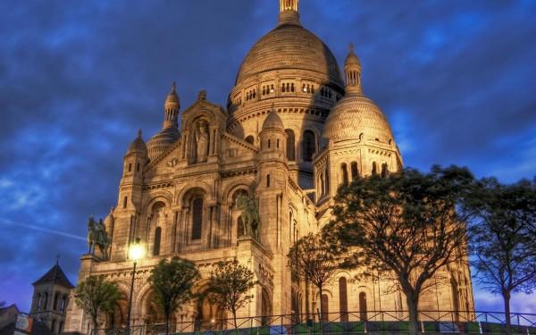Sacre-Coeur-Basilica-Montmartre-Paris-France-3