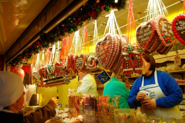 aachen-christmas-market-sweets